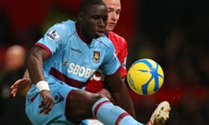 Mohamed Diamé in action during West Ham's FA Cup third-round match against Manchester United.