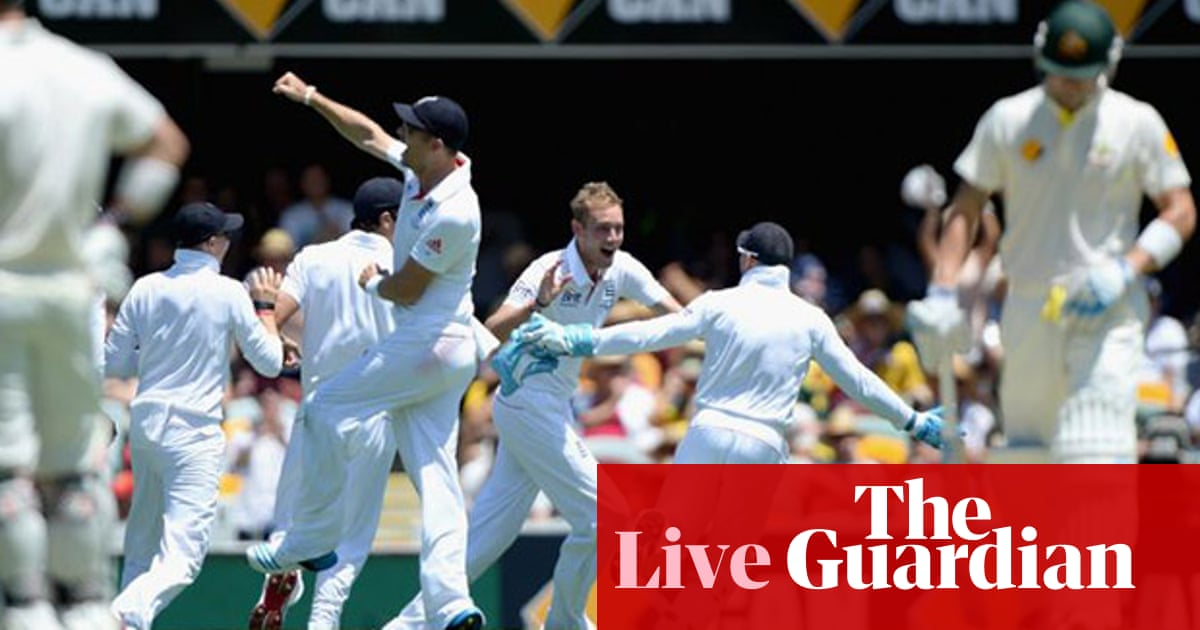 f321ead94b Ashes 2013-14: Australia v England – as it happened | Andy Bull, Russell  Jackson and John Ashdown | Sport | The Guardian