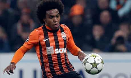 Willian joins Anzhi Makhachkala