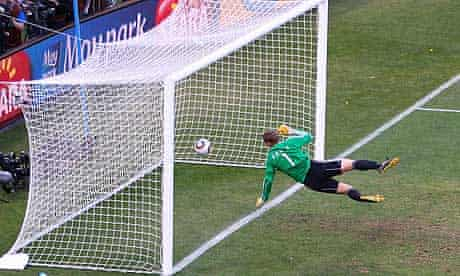 Frank Lampard goal Germany v England: 2010 FIFA World Cup