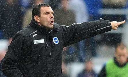 Gus Poyet, Brighton & Hove Albion manager