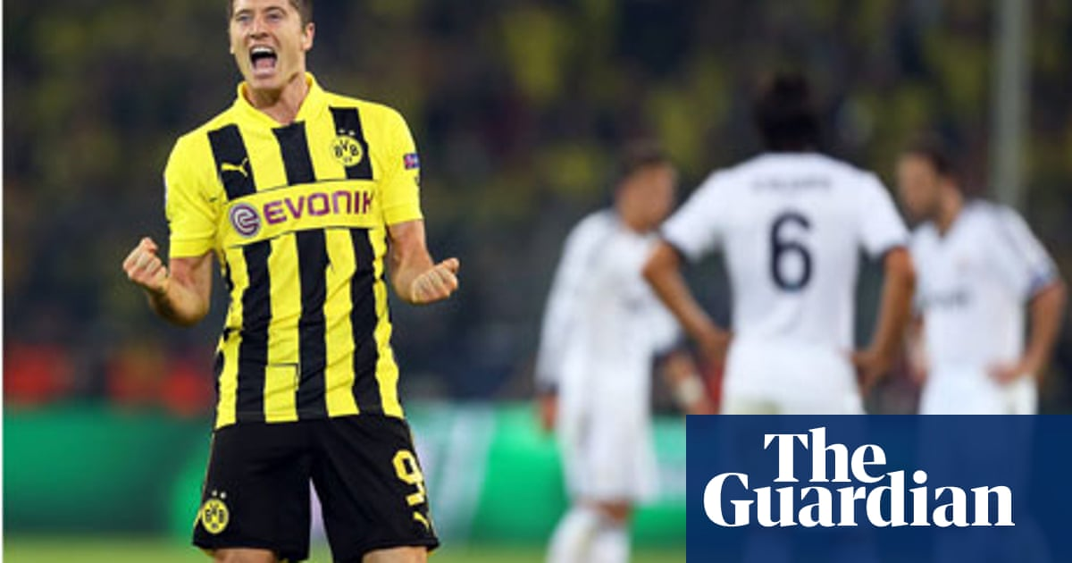 cheap for discount 1dd8e 97ddd Robert Lewandowski brings goals and fortitude to Borussia ...