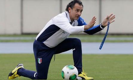 Cesare Prandelli, Italy coach at training session