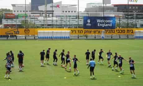 The England Under-21 squad train in Netanya