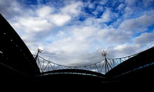 Bolton Wanderers feared persisting with QuickQuid as shirt sponsors would cause a rift between the c