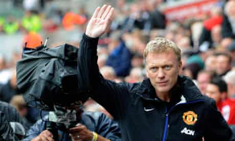 Manchester United's manager David Moyes waves to the crowd before the kick-off, Swansea v Man Utd