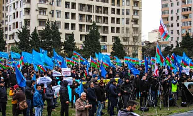 Thousands of people attend the rally demanding the release of political prisoners