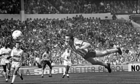 Keith Houchen header 1987 FA Cup final