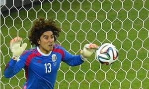 mexico-world-cup-croatia-guillermo-ochoa-Miguel-Herrera