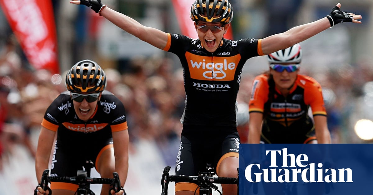 9223b7ce1 Laura Trott wins the British Cycling National Championships road race