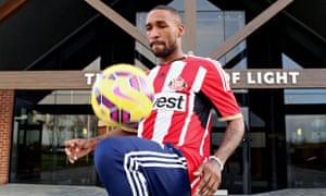 Sunderland unveil Jermain Defoe