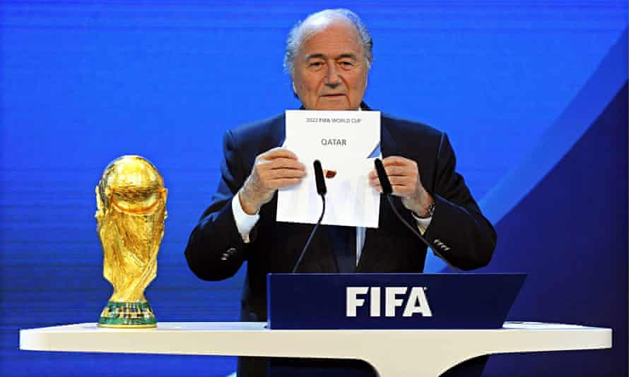 Sepp Blatter awards the 2022 World Cup to Qatar