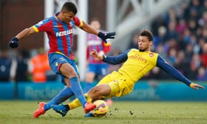 Arsenal's Francis Coquelin and Crystal Palace's Fraizer Campbell