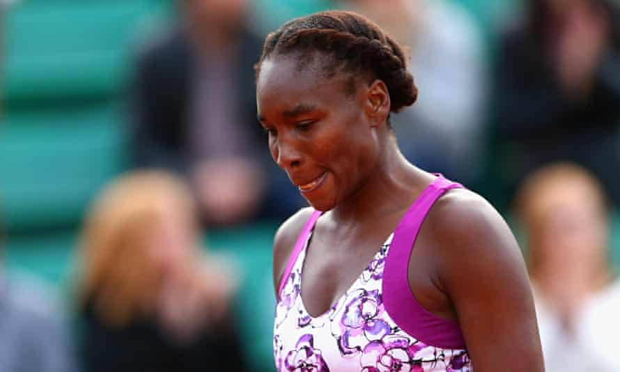 Venus Williams looking dejected during her French Open defeat to Sloane Stephens