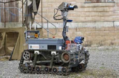 Grand Challenge: Reconnaissance robot