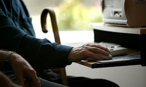 Elderly people using a computer