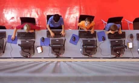 Schoolkids on computers