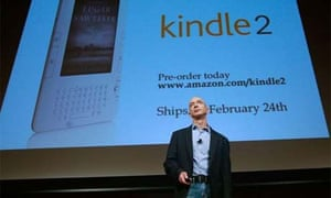 Jeff Bezos unveiling Amazon's Kindle 2