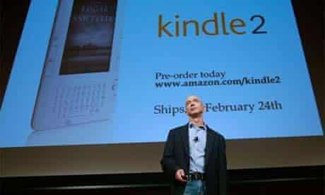 Jeff Bezos unveiling Amazon's Kindle 2