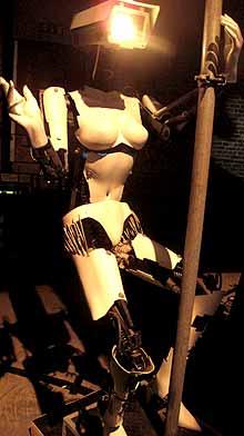 Robot-poledancer