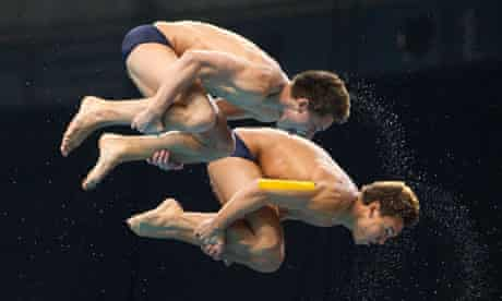 Synchronised diving tom daley