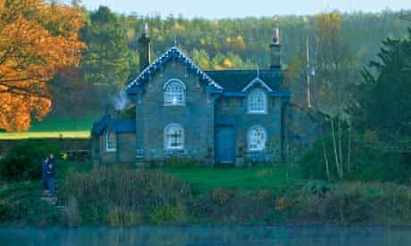 Swiss Cottage, Chatsworth