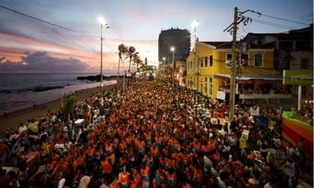 Timbalada Opens The Carnival In Salvador