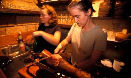 Hand-slicing local prsut on Pag.