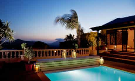 Lanzarote: the pool at Oasis de Nazaret