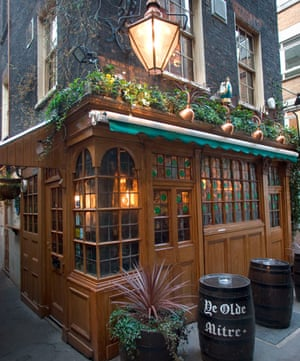 Ye Old Mitre Tavern London
