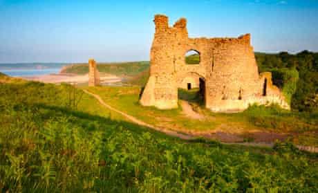 Pennard Castle, Three Cliffs Bay, Gower
