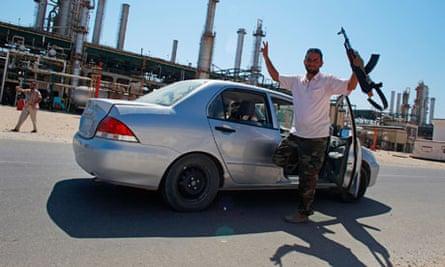 Rebels at Zawiyah oil refinery