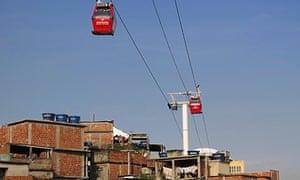 The cable car in Complexo do Alemnão