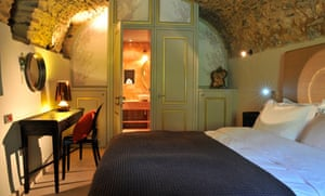 Bedroom at the Kinsterna Hotel