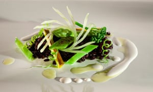 Lightly toasted black rice with green vegetables and Brazil nut milk