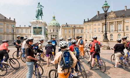 Cyclists on a sightseeing tour of Copenhagen.