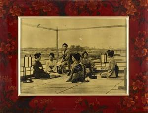 Points of View: Japanese lacquerwork photograph album