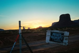 Been there photo comp Nov: Sunrise in Monument Valley