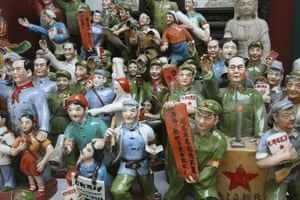 Earthbound images: Panjiayuan antique market, south east Beijing, China