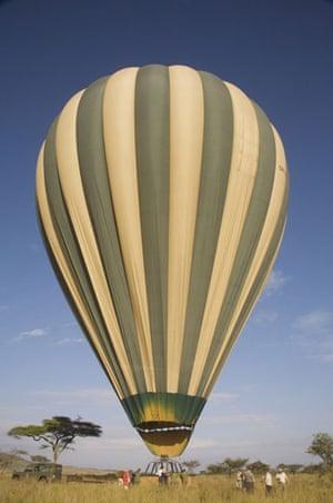Earthbound: Hot air balloon, Serengeti, Tanzania