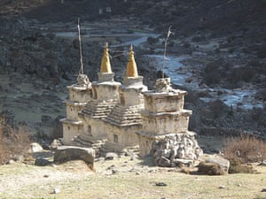 Great Himalayan Trail: A temple along the trail
