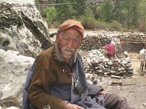 Great Himalayan Trail: Old Tibetan man, Mugu