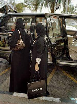 Raymond Depardon: Cities: United Arab Emirates, Dubai