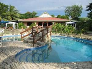 Posh hostels: Stoney Creek Resort hostel, Sabeto Nadi, Fiji