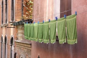 Been there: green: Green: towels in Venice