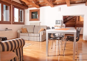 Travel airbnb: airbnb Venice