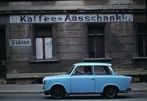 berlin vintage: Faded signage in Prenzlauer Berg