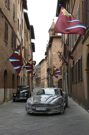 Bond countries: Quantum of Solace James Bond scene in Siena, Italy
