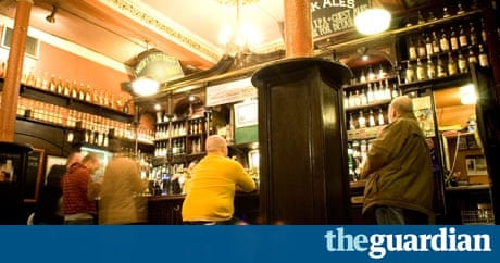 Glasgow sub-crawl: a pub crawl via the city's underground ...