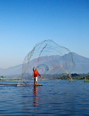 TPOYA: Bagendit Lake, Situ Bagendit village, Garut, Indonesia